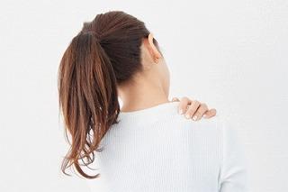 猫背タイプの肩こり治療例|花見川区にある新検見川南花園鍼灸整骨院